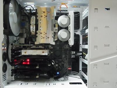 nzxt h440 メモリー クーラー CPU ENERMAX ETS-T40-TB Core i7 2600K Quadro 2000 BIOSTAR TZ77XE4